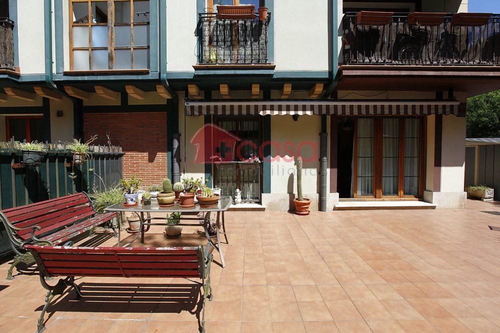 Vivienda con jardín en Urdanibi-Berri