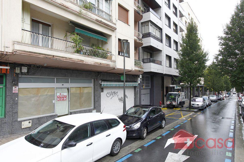 Alquiler de local en calle Sebastian Errazu
